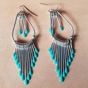 Jewelry - Silver and turquoise earrings